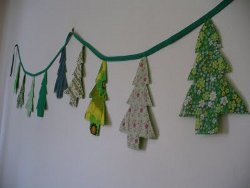 Sweet and Simple Christmas Tree Bunting