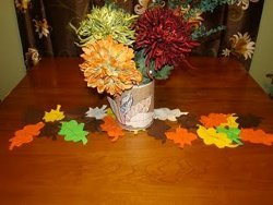 Simple Fall Leaf Table Runner