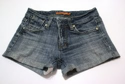 DIY Cut Off Jean Shorts
