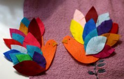 Easy Felt Handprint Turkeys
