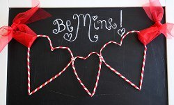 Striped Straw Heart Garland