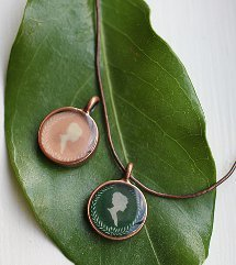 DIY Resin Cameo Necklace