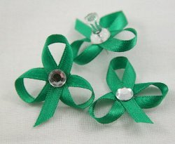 Quick and Easy Ribbon Shamrocks