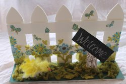 White Picket Fence Centerpiece