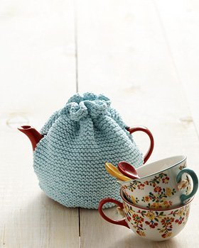 Easy Knitting Pattern For Tea Cosy : Beginner Tea Cozy AllFreeKnitting.com
