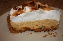 No-Bake Turtle Pumpkin Pie