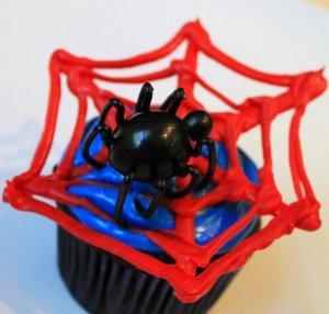Spiderman Webbed Cupcakes Allfreekidscrafts Com
