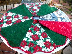 Super Cute Christmas Tree Skirt
