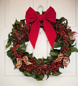 Cheap Wire Holiday Wreath