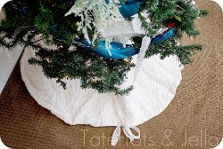 Easy Ruffle Tree Skirt