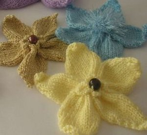 Blossoming Knitted Flowers