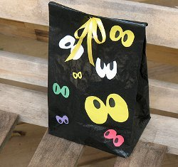 Peeping Eyes Treat Bag