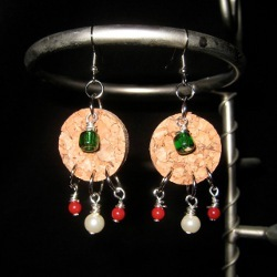 18 Fun And Festive Diy Earrings For Christmas Allfreechristmascrafts Com