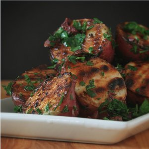 Grilled Herb Potatoes | RecipeLion.com