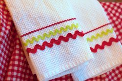 Simple Holiday Dishtowels
