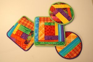 Colorful Log Cabin Quilt Coasters Favequilts Com