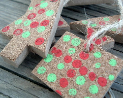 Dollar Store Cork Christmas Ornaments