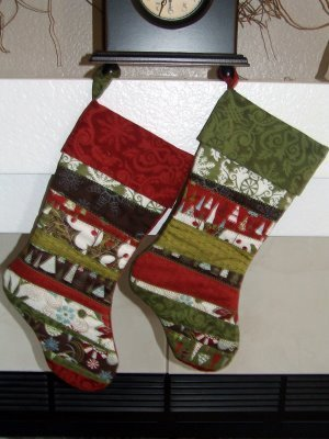 His and Hers Scrappy Christmas Stocking Quilt Patterns ...