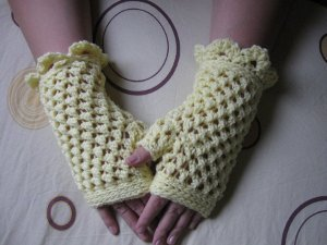 Butterfly Stitch Fingerless Gloves