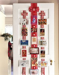 Hanging Ribbons Christmas Card Display