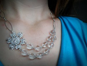 Sparkling Snowflake Bead Necklace