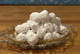Danish Wedding Cookie Balls