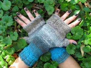Woodland Fingerless Gloves