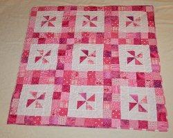 Priscilla S Pink Pinwheel Quilt Favequilts Com