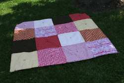 Picnic Blanket with Pockets
