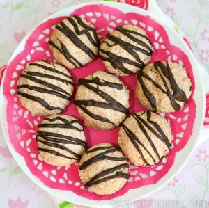English Coconut Macaroons