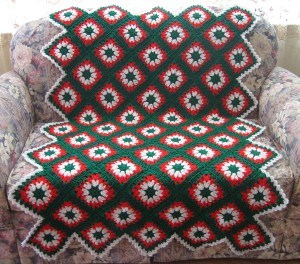 Christmas Crochet Blanket Free Pattern.25 Free Christmas Crochet Afghan Patterns Favecrafts Com