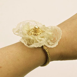 Thrifty Floral Refashioned Watch Bracelet