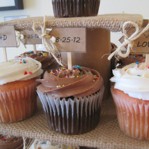 Burlap and Beauty Cupcake Display