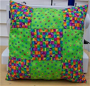 Quilt Patterns Pillowcases : Nine Patch Patterned Pillow FaveQuilts.com