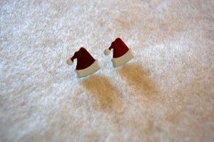 The Easiest Christmas Earrings You Will Ever Make