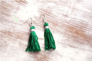 Emerald Tassel Jewelry Set