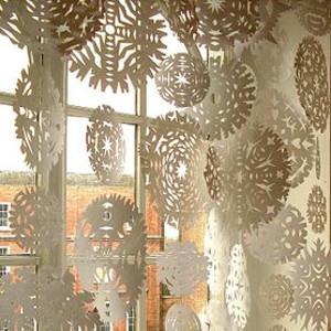 Easy DIY Snowflake Decorations