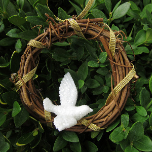 Armenian Dove Wreath Ornament | AllFreeChristmasCrafts.com