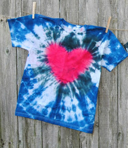 60fefbd86219 How to Tie Dye  34 Tie Dye Techniques