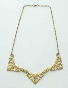 Elegant Flourish Necklace