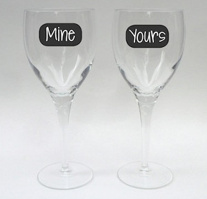 Faux Chalkboard Glassware Labels