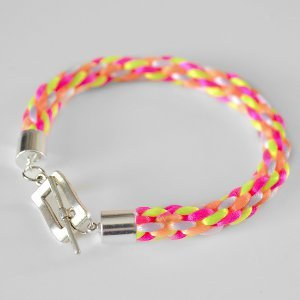How to Finish a Kumihimo Bracelet