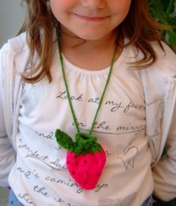 Sweet Strawberry Pouch