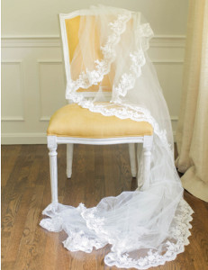 Traditional Lace Veil