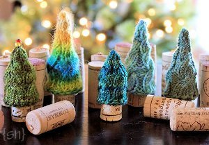 Cabled Pine Wine Stopper