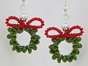 Twin Bead Christmas Wreath Earrings