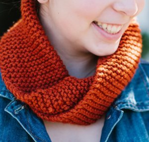 November Birthstone Cowl