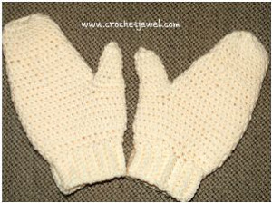 Cream Colored Mittens