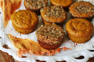 Muffin Tin Pumpkin Cakes