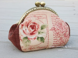 Vintage Rose Frame Purse